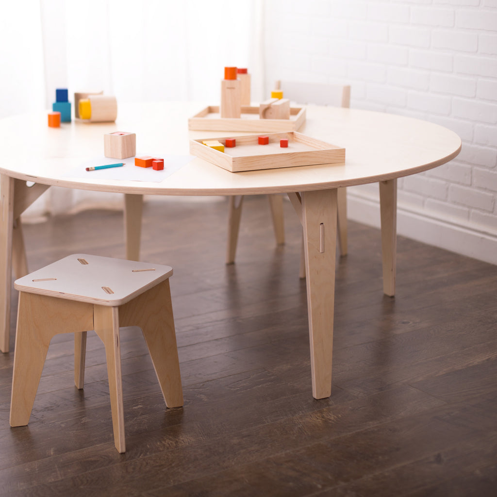 Sprout-Round Tables
