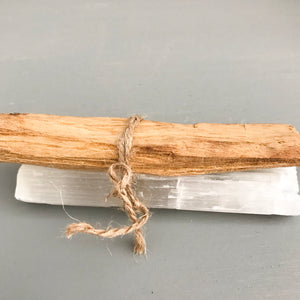 Cleansing Kit - Small- Palo Santo & Selenite