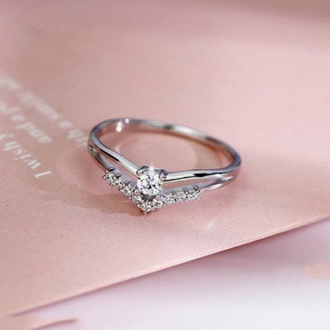 Sparkling Silver Ring