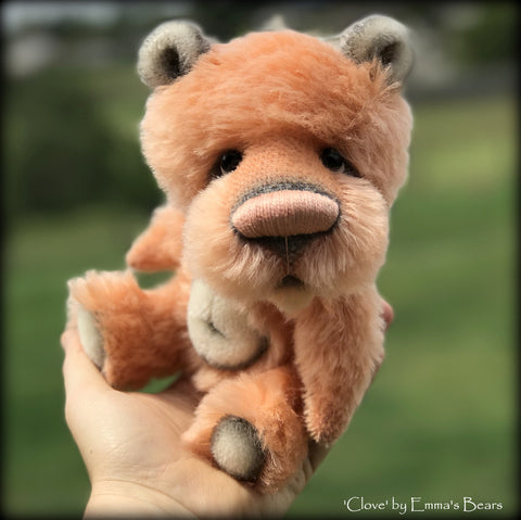 Clove - 9in Brand NEW mohair artist bear by Emmas Bears - OOAK