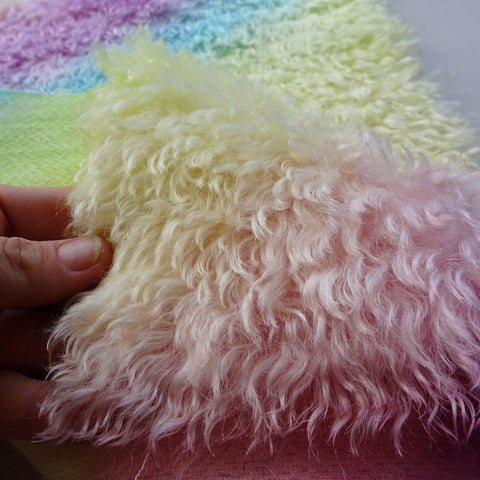 Super Curls Rainbow - Hand Dyed dense mohair - 1/8m - MAY037