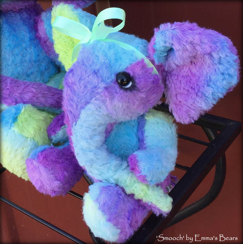 Smooch - 5in Hand-dyed viscose Artist Elephant by Emmas Bears - OOAK