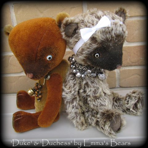 "PATTERN - 13"" Booth/Acorn duo Bear design"