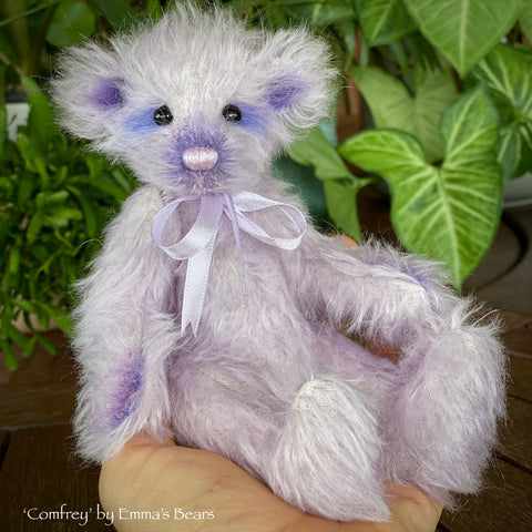 "Collaboration Bear: Comfrey - 7"" handmade mohair artist bear- OOAK"