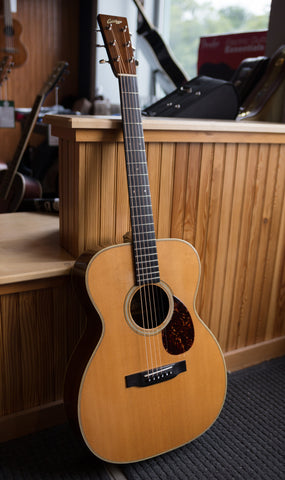 Collings Acoustic Guitars - 1993 OM2H