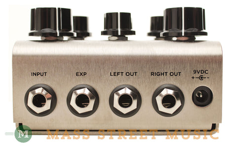 Strymon Deco Pedal detail of inputs