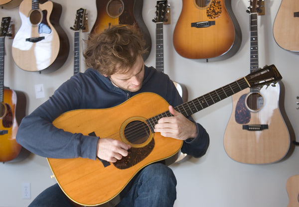 Chris Thile with a 1932 Martin D-28