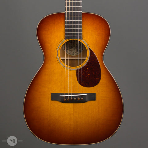 Collings Acoustic Guitars - 01 Traditional T Series Baked - Sunburst - Front Close