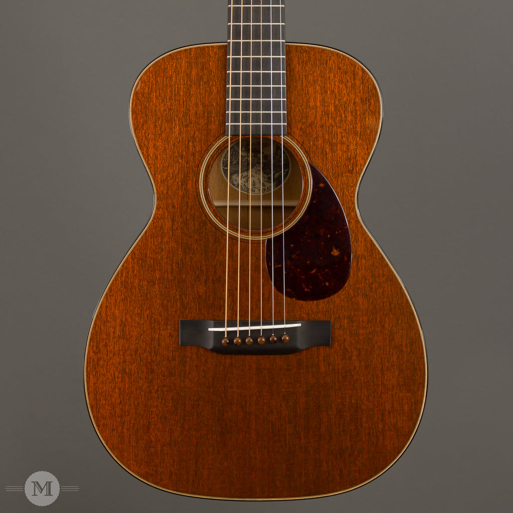 Collings Acoustic Guitars - 01 Mahogany Traditional T Series