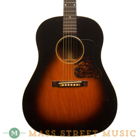 Gibson Acoustic Guitars - 1938 J-35 - Front Close