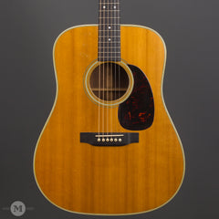 Martin Guitars - D-28 1966 Used - Front Close