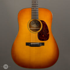 Collings Guitars - 2010 D1 A Sunburst Varnish - Used - Front Close