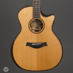 Taylor Acoustic Guitars - K14ce Builder's Edition - Front Close