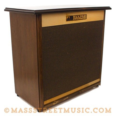 Analog Outfitters 2x10 Speaker Cabinet - front angle