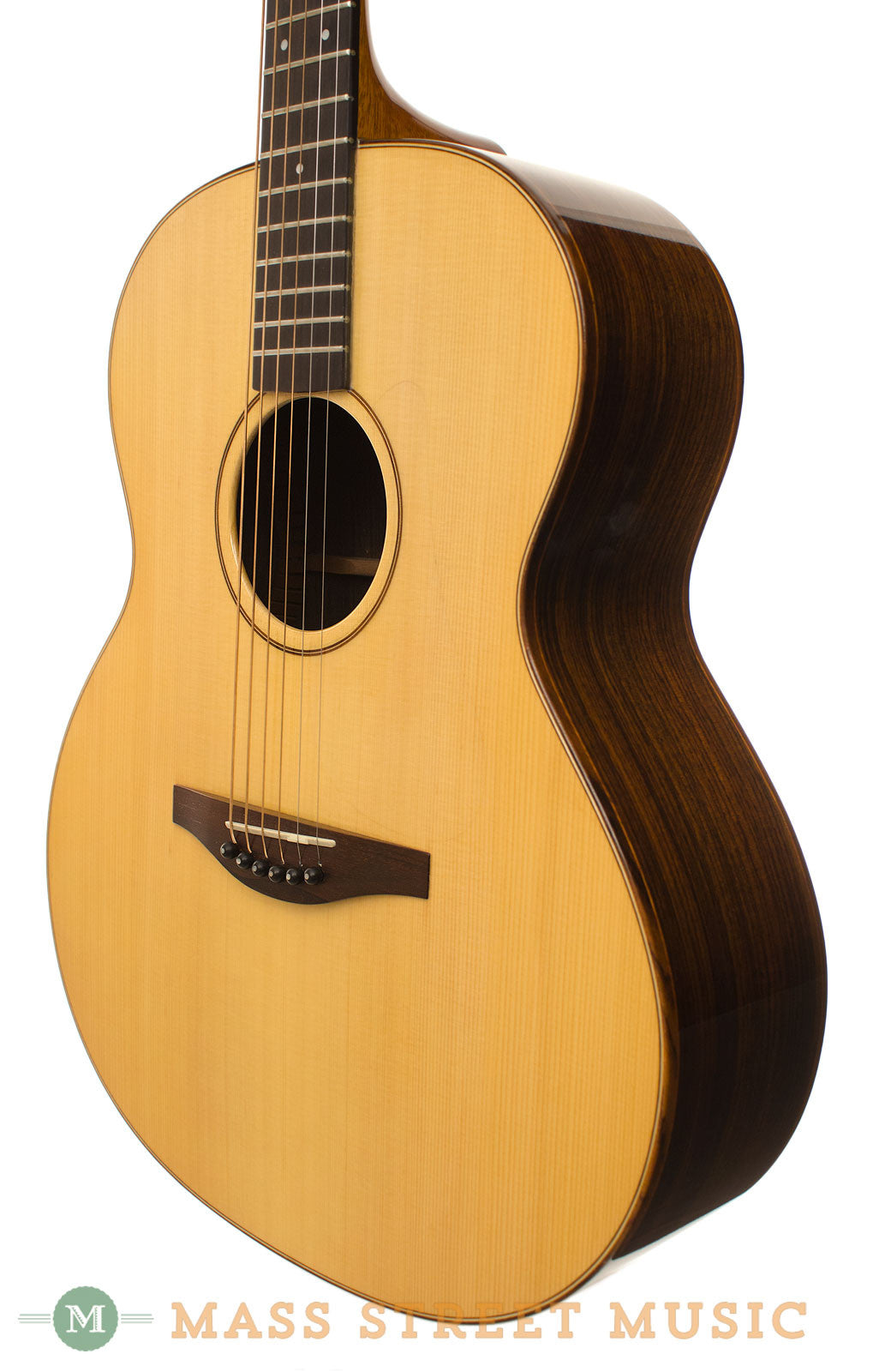 avalon a200 acoustic guitar with hardshell case mass street music store. Black Bedroom Furniture Sets. Home Design Ideas