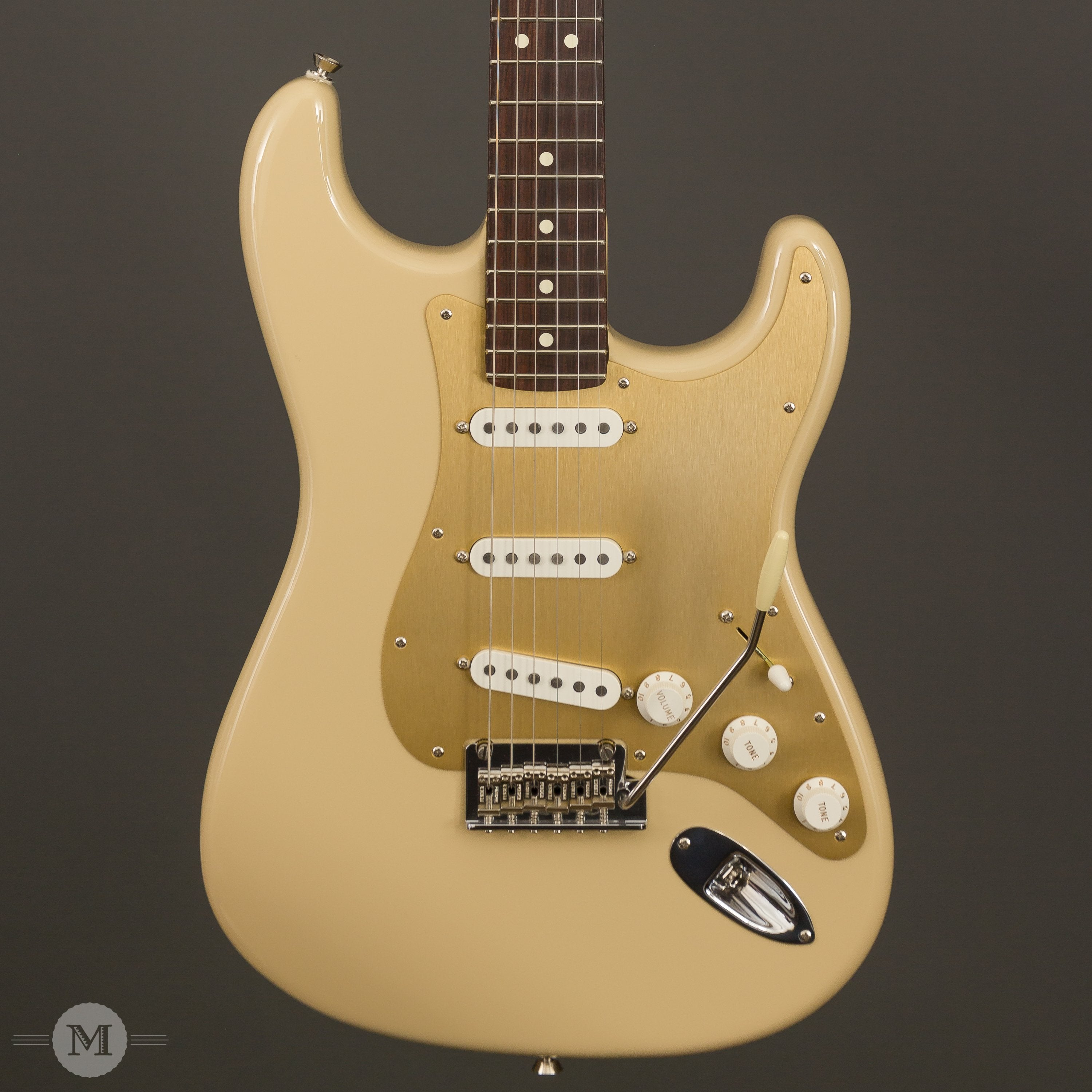 Fender Electric Guitars - American Professional Stratocaster Solid Rosewood Neck Limited Edition - Desert Sand