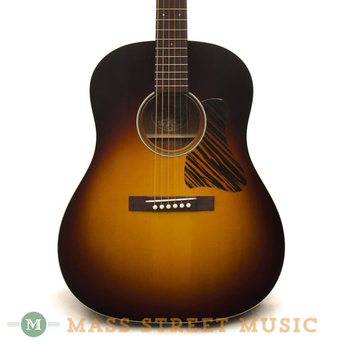 Collings CJ35 Mh German Spruce 2013 Used Acoustic Guitar - front close