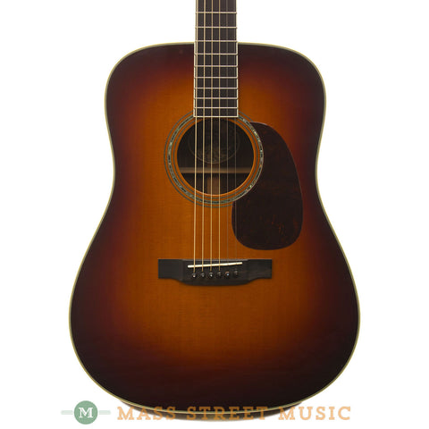 Collings 2005 D3 Sunburst Acoustic Guitar - front close