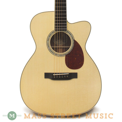 Collings OM3MRGVNCut Acoustic Guitar - front close