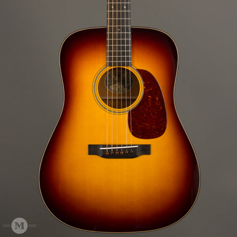 Collings Acoustic Guitars - D1 Traditional T Series Custom Sunburst - Front