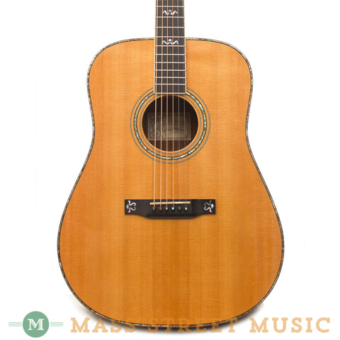 Larrivee Acoustic Guitars - 2000 D-10 Custom - Front Close