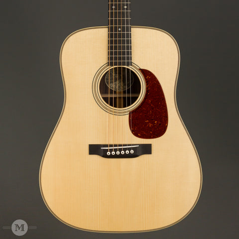 Collings Acoustic Guitars - D2H A Traditional T Series 1 11/16 - Front Close