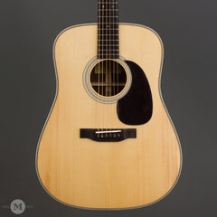Eastman Acoustic Guitars - E20D - Front Close