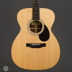 Eastman Acoustic Guitars - E6OM - Front Close