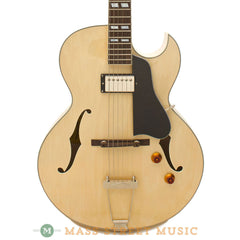 Eastman AR371CE-BD Archtop Guitar - front close x1600
