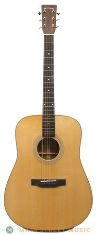 Eastman E6D acoustic guitar - front