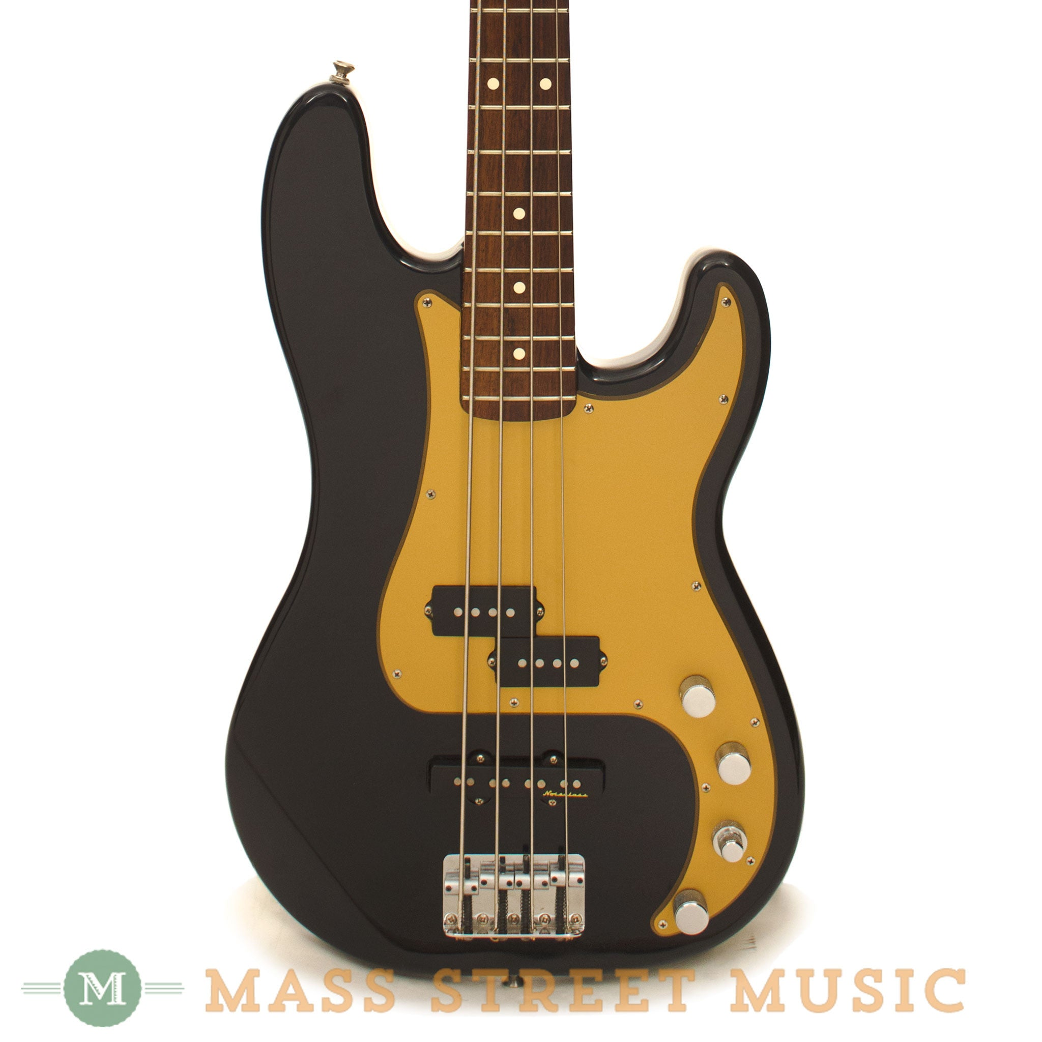 Fender - Used Deluxe Active Precision Bass Special - Navy