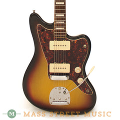 Fender 1972 Jazzmaster - front close