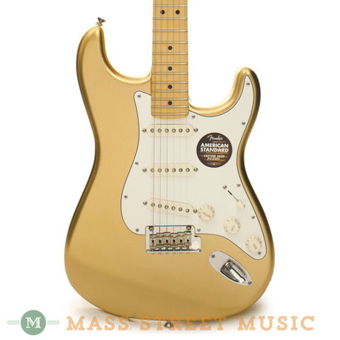 Fender 2014 Limited Edition American Standard Stratocaster - front close