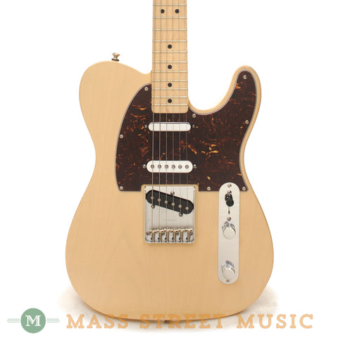 Fender Deluxe Nashville Telecaster Electric Guitar - front close