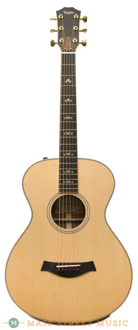 Taylor GCe 12-Fret Custom Ltd. Ed. Walnut Acoustic Guitar - front