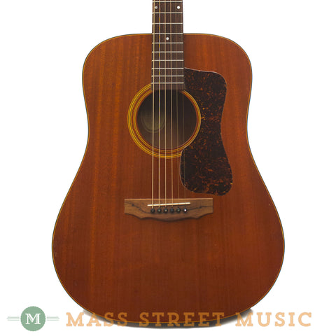 Guild Bluegrass D-25M 1974 Acoustic Guitar - front close