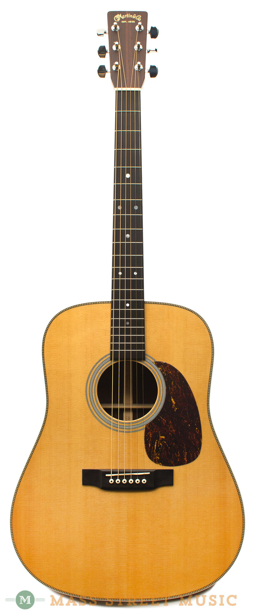 martin hd 28 2001 used acoustic guitar with original hardshell case mass street music store. Black Bedroom Furniture Sets. Home Design Ideas