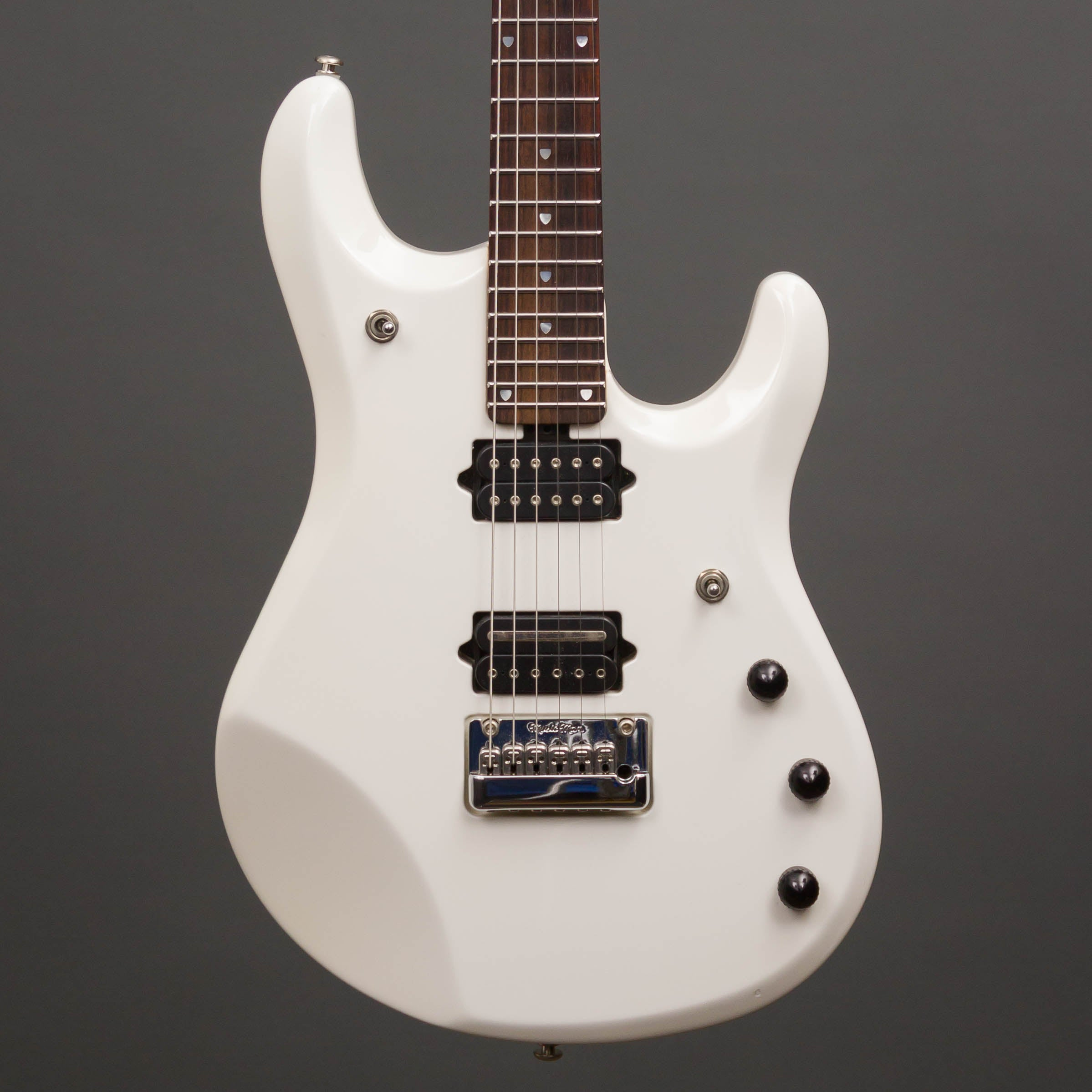 music man jp6 white pearl used mass street music store. Black Bedroom Furniture Sets. Home Design Ideas