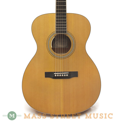 Larrivee OM-03 Acoustic Guitar - front close