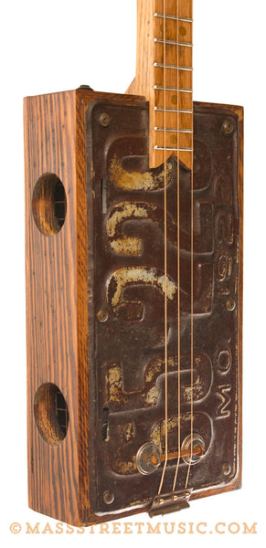 kelly 39 s mo license plate cigar box guitar with a pickup mass street music store. Black Bedroom Furniture Sets. Home Design Ideas