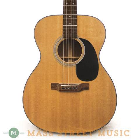 Martin 2009 000-18 Acoustic Guitar - front close