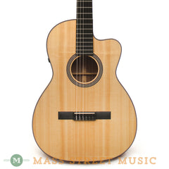 Martin 000C Nylon Acoustic Guitar - front close