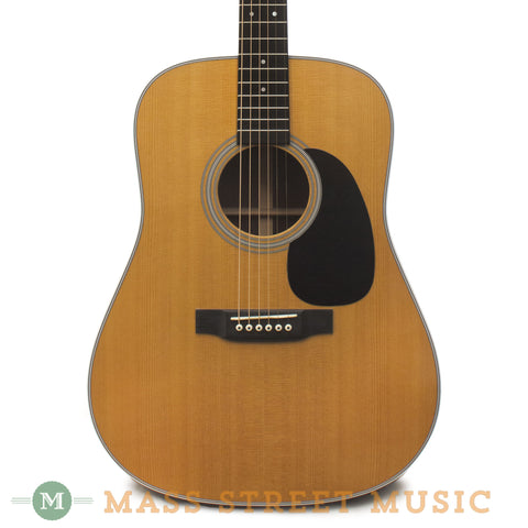 Martin D-28 2009 Used Acoustic Guitar - front close