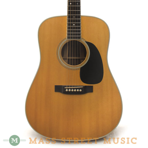 Martin 1976 D-35 Dreadnought - front close