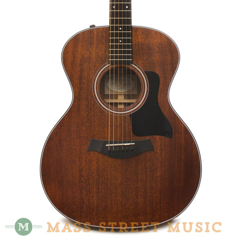 Taylor 324e Mahogany 2014 Used Acoustic Guitar - front close