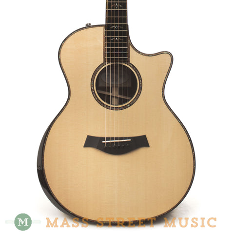 Taylor 914ce Acoustic Guitar - front close up