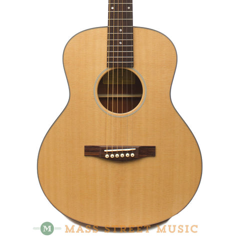Eastman Acoustic Guitars - ACTG1 Travel Close Up