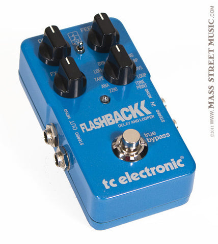 TC Electronic Flashback Delay/Looper Guitar Pedal - angle