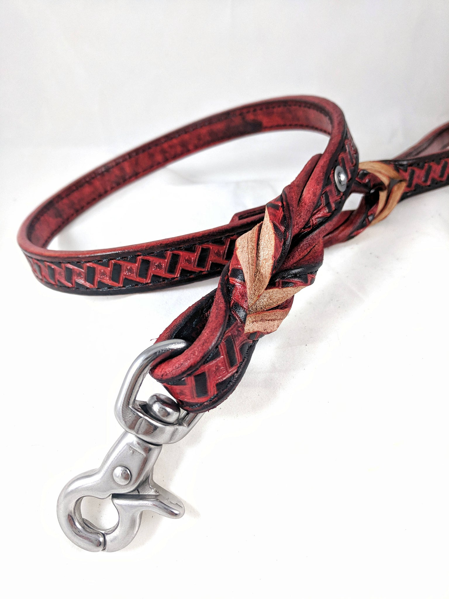 """Dirty Red"" Stainless Steel Leather Bondage Leash"