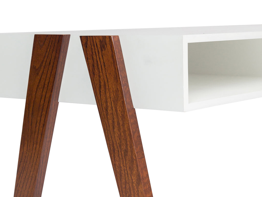 Flexible Storage Console - The Everset